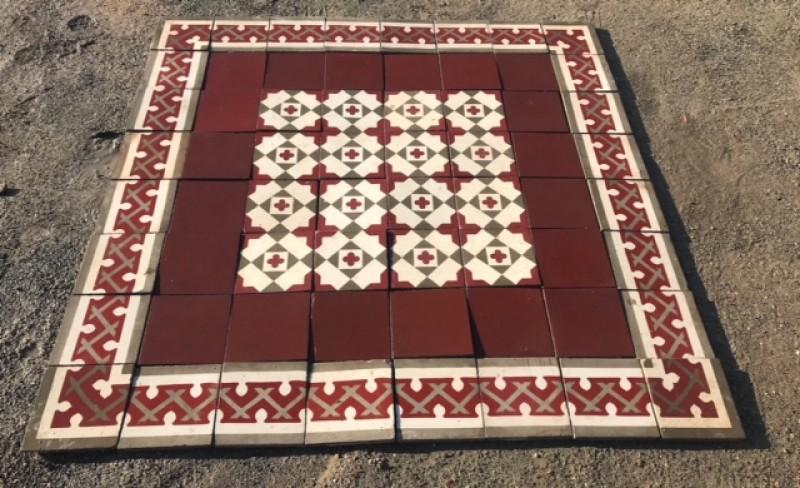 Losa de cemento, mosaico. Mide 20x20 cm. Disponible 5.40 m2 color, hay cenefa a juego 8.40 ml