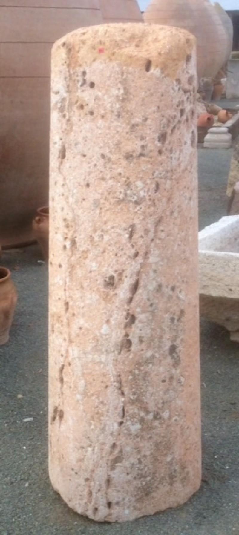 Rulo de piedra viva rosada. Mide 46 cm de diámetro x 1.46 cm de alto.