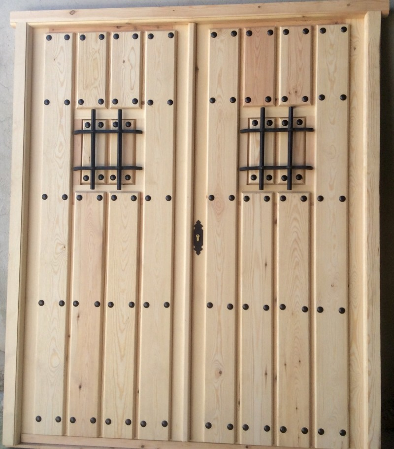 Puertas exteriores puertas y ventanas cat logo for Catalogo de puertas de madera para exteriores