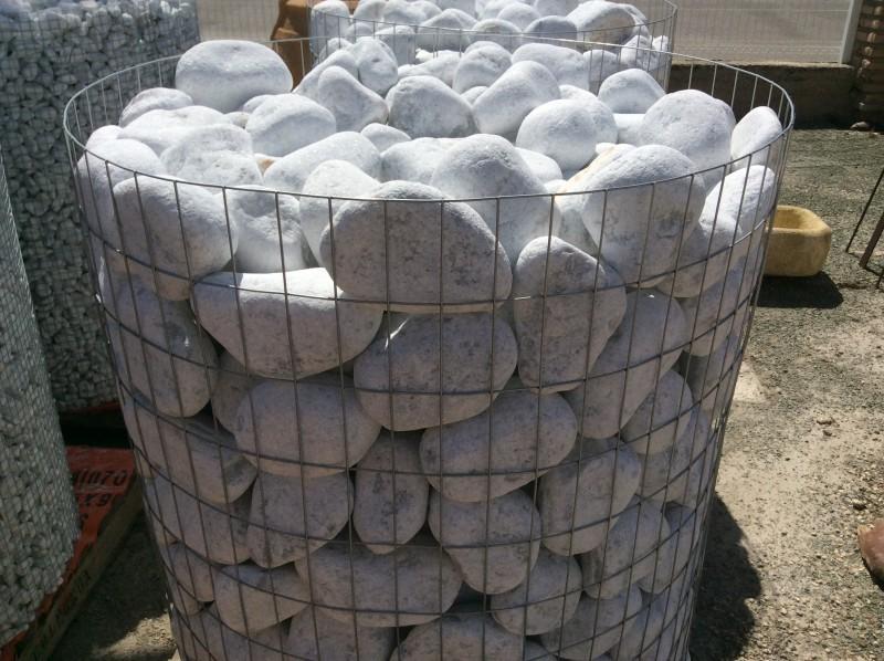 Bolos de piedra 100/150 blancos. Perfectos para jardín