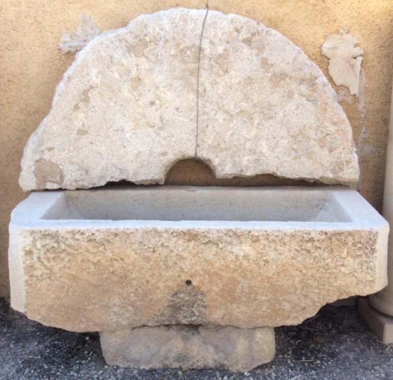 Fuentes de pared fuentes cat logo antig edades - Fuentes de pared de piedra ...