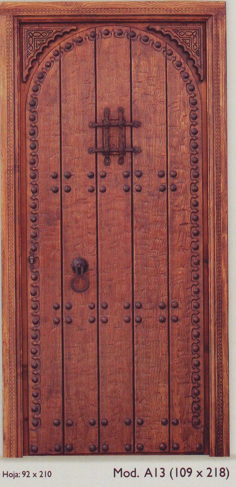 Puertas exteriores puertas y ventanas cat logo for Puertas de madera con herreria