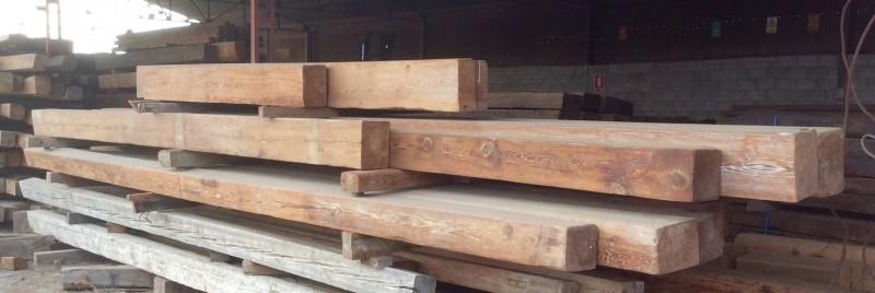 Vigas de madera en varias medidas