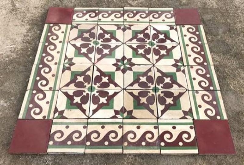 Losa de cemento, mosaico. Mide 20x20 cm. Disponible 7 m2 color, hay cenefa a juego 4 ml