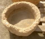 Pila de piedra viva, mide 50 cm de diámetro x 22 cm de altura x 14 cm de profundidad