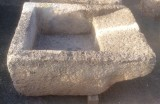 Pila de lavar antigua, mide 1.05 cm x 78 cm x 45 cm de alto.