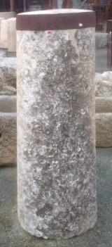 Rulo de piedra viva. Mide 47 cm de diámetro x 1.32 cm de alto