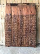 Trillo antiguo de madera y piedra de Silex. Mide 1,04 cm de alto x 1,25 cm de ancho