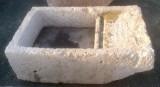 Pila de lavar antigua, mide 1.18 cm x 68 cm x 40 cm de alto.
