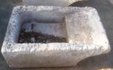 Pila de lavar antigua, mide 1.05 cm x 64 cm x 40 cm de alto