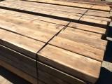 tablones de madera de pino antiguos. Miden 19 cm x 10 cm x 3.63 mts de largos