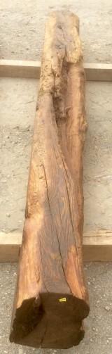 Viga de madera rústica de pino. Mide 27 cm de diámetro x 2.95 cm de altura