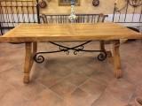 Mesa de olivo. Mide: 1 mtr de ancho x 2 mtrs de largo