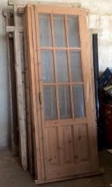 Balcón de madera antiguo. Mide 83 cm de ancho x 2.20 cm de alto