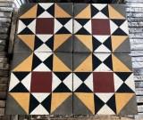 Losa de cemento, mosaico. Mide 20x20 cm. Disponible 12.28 m2