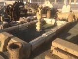 Arco de piedra antiguo,  incluye un portal que mide 1.90 m de largo x 20 de alto x 38 de pisada. Medida exterior arco 3.50 cm de alto x 1.95 cm de ancho x 22 cm de grueso x 38 cm de fondo