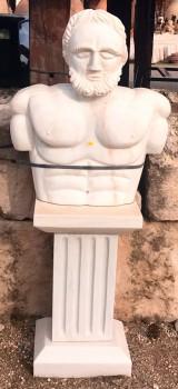 Escultura de mármol con pedestal, medida: 70 cm ancho x 1.43 cm alto x 30 cm fondo.