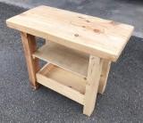 Mueble mesa para baño, con balda y con cajón abierto a medida, madera maciza natural. Mide 90 cm x 46 cm x 76 cm de alto