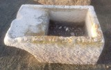 Pila de lavar antigua, mide 90 cm x 62 cm x 33 cm de alto