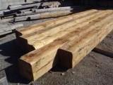 Vigas madera de pino antiguas. Miden 30x30 y sus largos van desde 3 mts a 6 mts