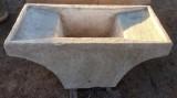 Pila de lavar antigua doble, mide 1.26 cm x 62 cm x 54 cm de alto