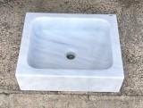 Lavabo de mármol blanco Macael. Mide 50 cm x 40 cm x 15 cm.