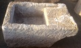 Pila de lavar antigua, mide 1.05 cm x 66 cm x 43 cm de alto