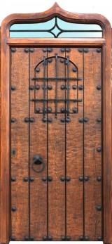Puerta de madera con montante superior con forma curva para cristal. Mide 1,18 cm de ancho x 2,58 cm de alto