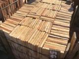 Losa de barro antigua. Mide 20x20x2 cm. En stock hay 568 Uds = 22,72 m2