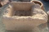 Pila de lavar antigua, mide 1.04 cm x 80 cm x 52 cm de alto.